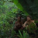 Εζησε 3 χρόνια σε ζούγκλα της Ινδονησίας με μια απομονωμένη φυλή